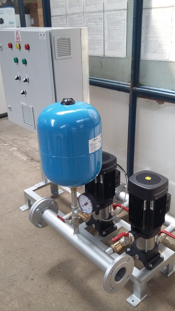 Grup de pompare apa potabila, (1A+1R), 2 x 5 mch, 60 mCA